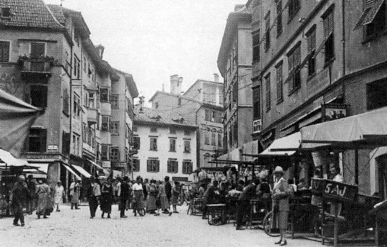 Am oberen Obstplatz mitten in Bozen befand sich eine deutsche Geheimschule