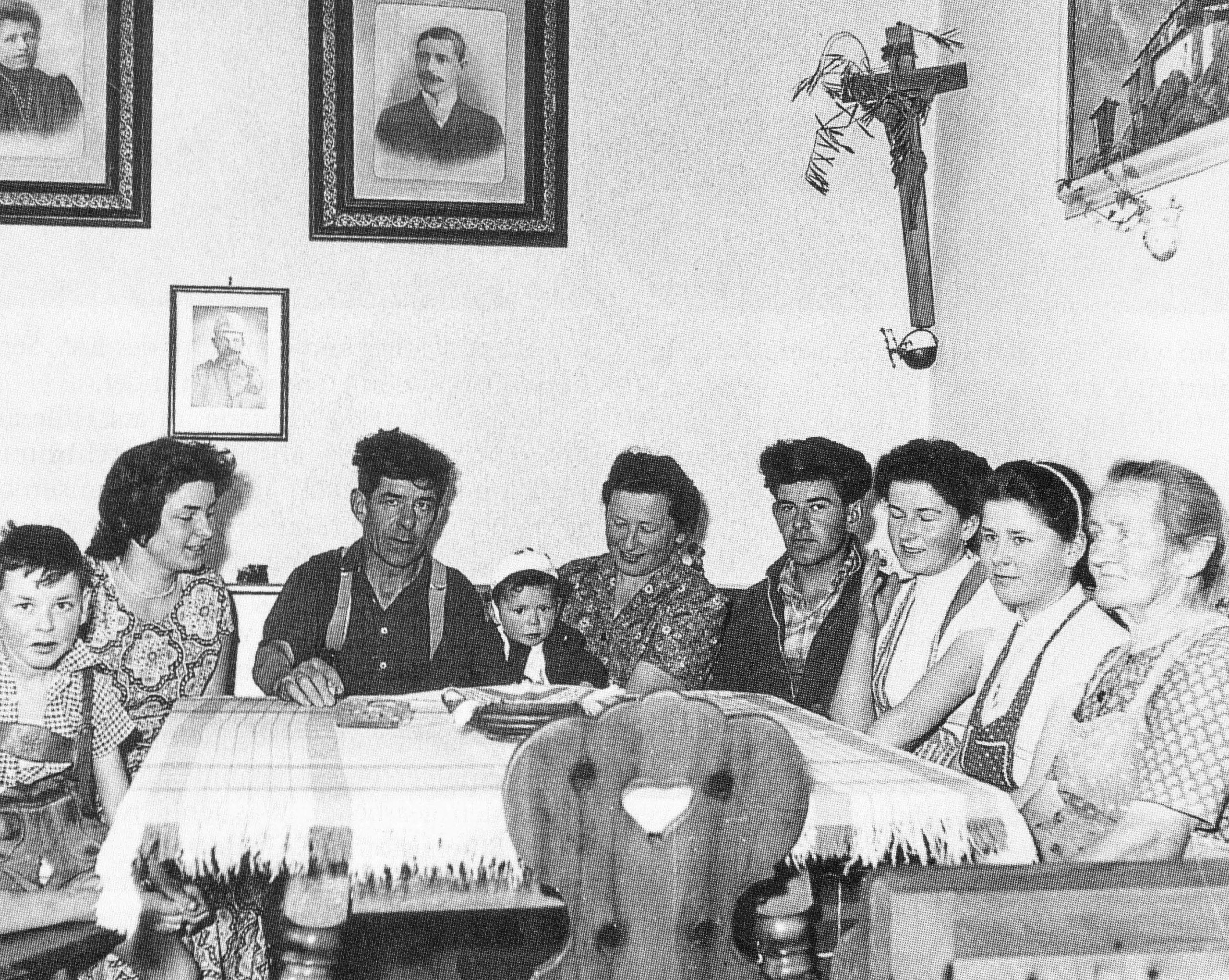 Der Gründer des BAS, Sepp Kerschbaumer, war alles andere als ein ideologischer Fanatiker. Der tiefgläubige Christ betete mit seiner Familie täglich den Rosenkranz.